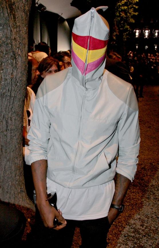 fp_1344913_ang_dior_fashion_31_062908.thumbnail