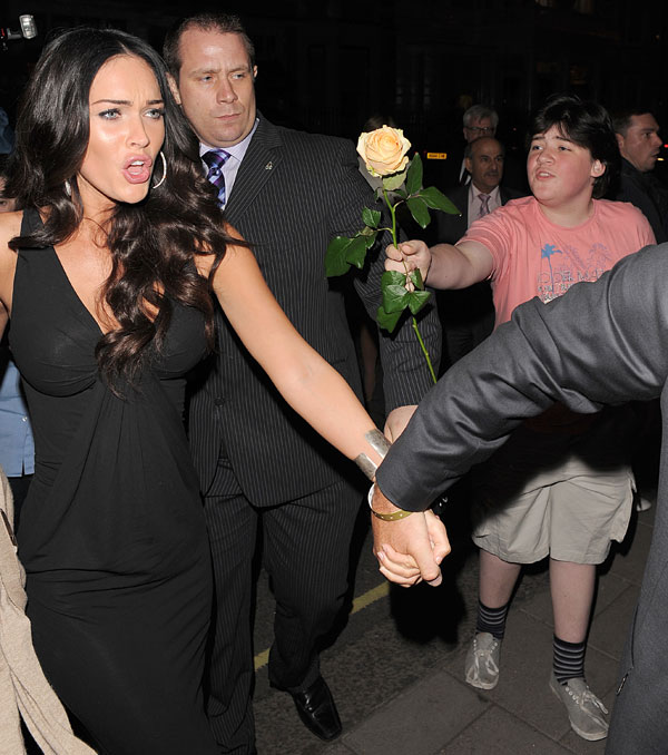 Official Guide: She Megan Fox Flower Boy. Megan Jinglets Uveas