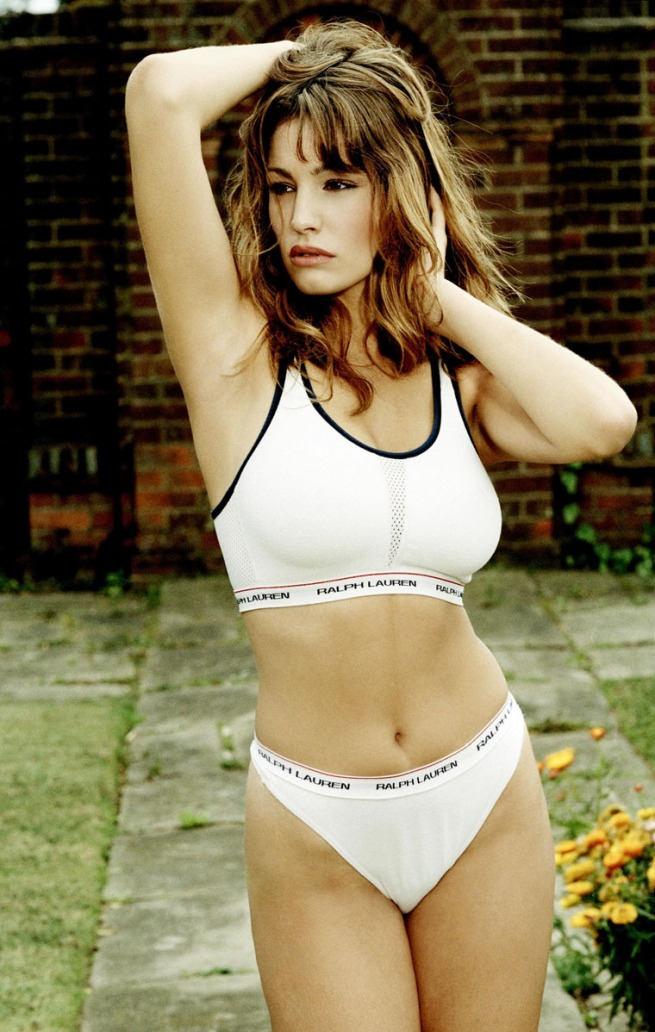 gallery_enlarged-0925_kelly_brook_polo_05