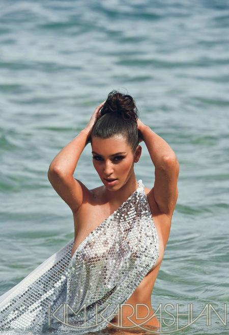post_image-0827_kim_kardashian_venus_00